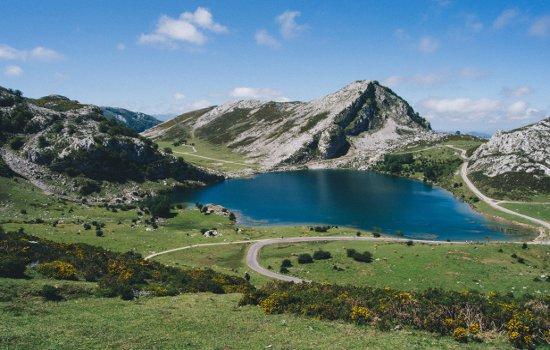 lago enol - parque nacional picos de europa - riosella.net